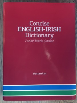 Concise English-Irish Dictionary 2020